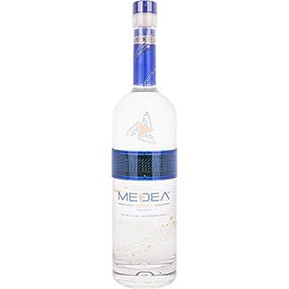 Medea-Vodka-Wodka-1-x-07-l