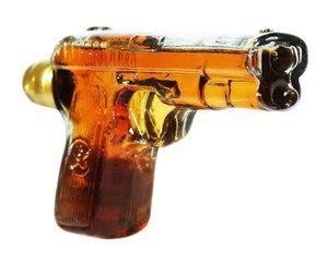 armenischer-Weinbrand-Pistole-40-Alk-5-Jahre-gereift-02L