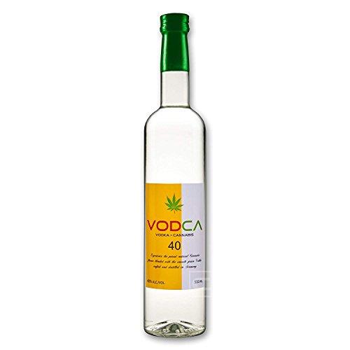 Cannabis-Vodka-05l-Wodka-CBD-Getrnk-mit-Schweizer-Cannabis-40-Alkohol-Spirituosen-Schnaps-Drink-Geschenke-fr-Mnner