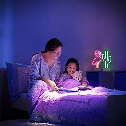 Neonlicht-Schilder-mit-Sockel