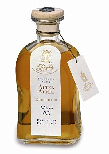 Ziegler-Alter-Apfel-Edelbrand-fassgelagert-07-Liter