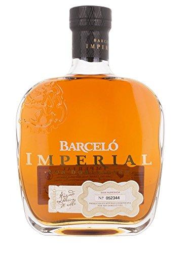 Barcelo-Ron-Imperial-Dominicano-Rum-1-x-07-l-in-Geschenkverpackung