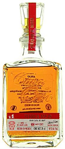 Gran-Cava-de-Oro-Anejo-Tequila-1-x-07-l