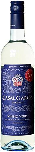 Casal-Garcia-Vinho-Verde-Quinta-Da-Aveleda-Trajadura-Halbtrocken-6-x-075-l