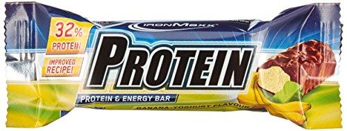 IronMaxx Protein Riegel / Protein Bar 32% Eiweiß / Riegel mit wenig Zucker und Kohlenhydrate / Fördert Muskelaufbau und Muskelerhalt / Leicht bekömmlich / Sport Riegel Banane Joghurt / 24x35g (1x840g)
