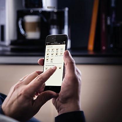 Krups-EA860E-Kaffeevollautomat-One-Touch-Cappuccino-Latte-Smart-App-gesteuert-Milchbehlter-18-L-15-bar-metallschwarz