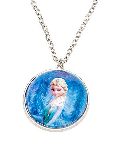 Disney 755702 – Frozen Halskette mit halber Schneekugel Durchmesser 3.5 cm als Anhänger und Elsa Motiv in Geschenkpackung 8 x 2.5 x 13 cm