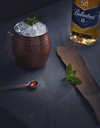 Ballantines-12-Blended-Scotch-Whisky–12-Jahre-alter-milder-Blend-aus-schottischen-Malt-Grain-Whiskys–Mit-Honig-Fruchtaromen-Gewrznoten–1-x-07-L