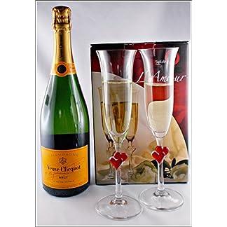 Champagner-Veuve-Clicquot-Brut-Yellow-Label-mit-2-Champagner-Glser-mit-roten-Herz-von-Stlzle-kostenloser-Versand