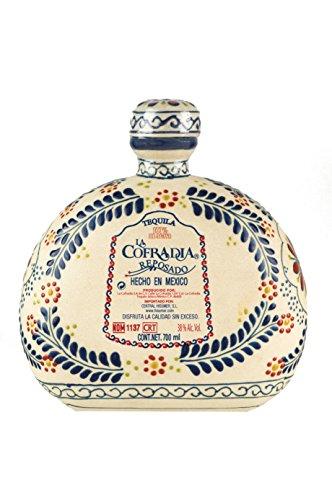 Premium-Brauner-Tequila-aus-Jalisco-Mexiko-100-Agave-2-fach-destilliert-6-Monate-in-Eichenfssern-gereift-Keramikflasche-700ml-Tequila-Reposado-LA-COFRADIA-TALAVERA-38-vol