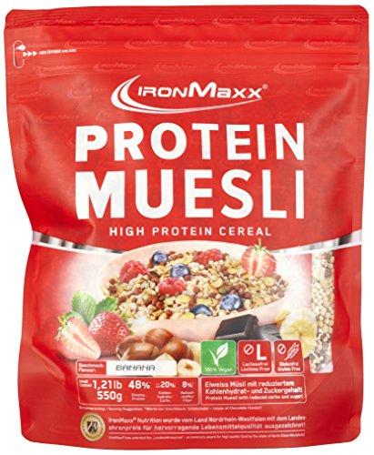 IronMaxx Protein Müsli Banane / Veganes Fitness Müsli laktosefrei und glutenfrei / Eiweiß Müsli mit Bananengeschmack / 1 x 550 g