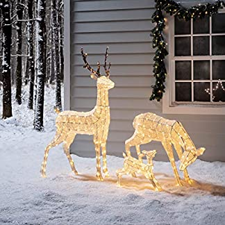 Lights4fun-LED-Rentier-Familie-warmwei-strombetrieben-Timer-innen-und-auen