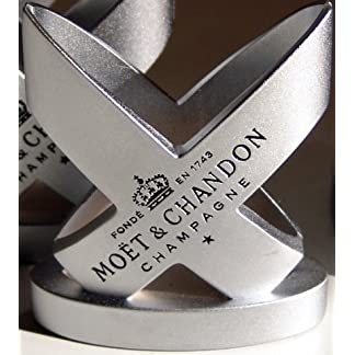 Mot-Chandon-Champagne-Engraved-Menu-Card-Holder-x-1