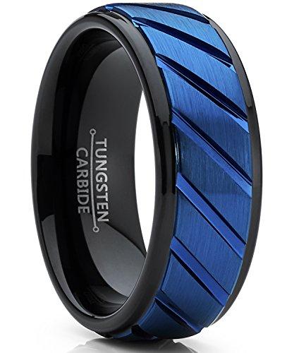 Ultimate Metals Co. Herren schwarz und blau wolframcarbid verlobungsring. Herren schwarz und blau wolframcarbid ehering mit rille.8mm Bequemlichkeit Passen