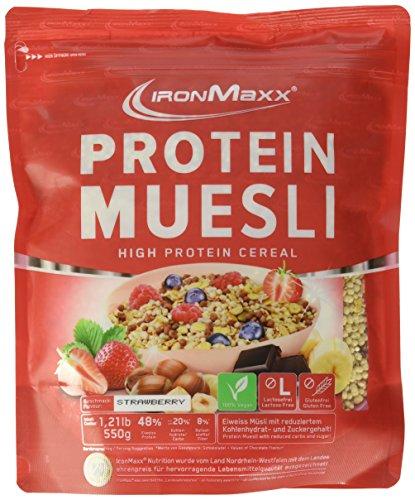 IronMaxx Protein Müsli Erdbeere / Veganes Fitness Müsli laktosefrei und glutenfrei / Eiweiß Müsli mit Erdbeergeschmack / 1 x 550 g