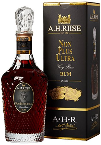 AH-Riise-Non-Plus-Ultra-Rum-1-x-07-l
