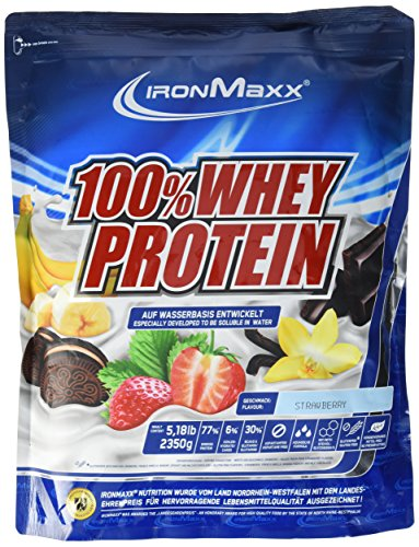 IronMaxx 100% Whey Protein / Proteinpulver auf Wasserbasis für Fitness-Shake / Eiweißpulver mit Erdbeer Geschmack / 1 x 2,35 kg Beutel