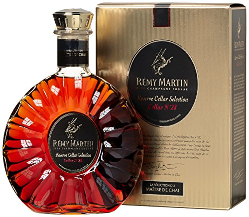 Remy-Martin-Reserve-Cellar-Selection-Cellar-No-28-mit-Geschenkverpackung-Cognac-1-x-07-l