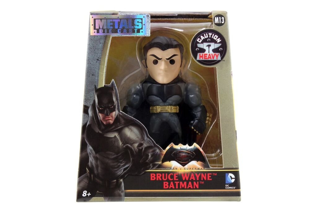Batman-v-Superman-4-Bruce-Wayne-Figure