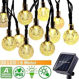 30-LED-Solar-Lichterkette-auen-mit-Lichtsensor-8M-Kristallblle-8-Modi-IP65-1000mAh-Solarbatterie-Wasserdicht-Warmwei-Beleuchtung-fr-Garten-Terrasse-Haus-Party-Weihnachten-Energieklasse-A