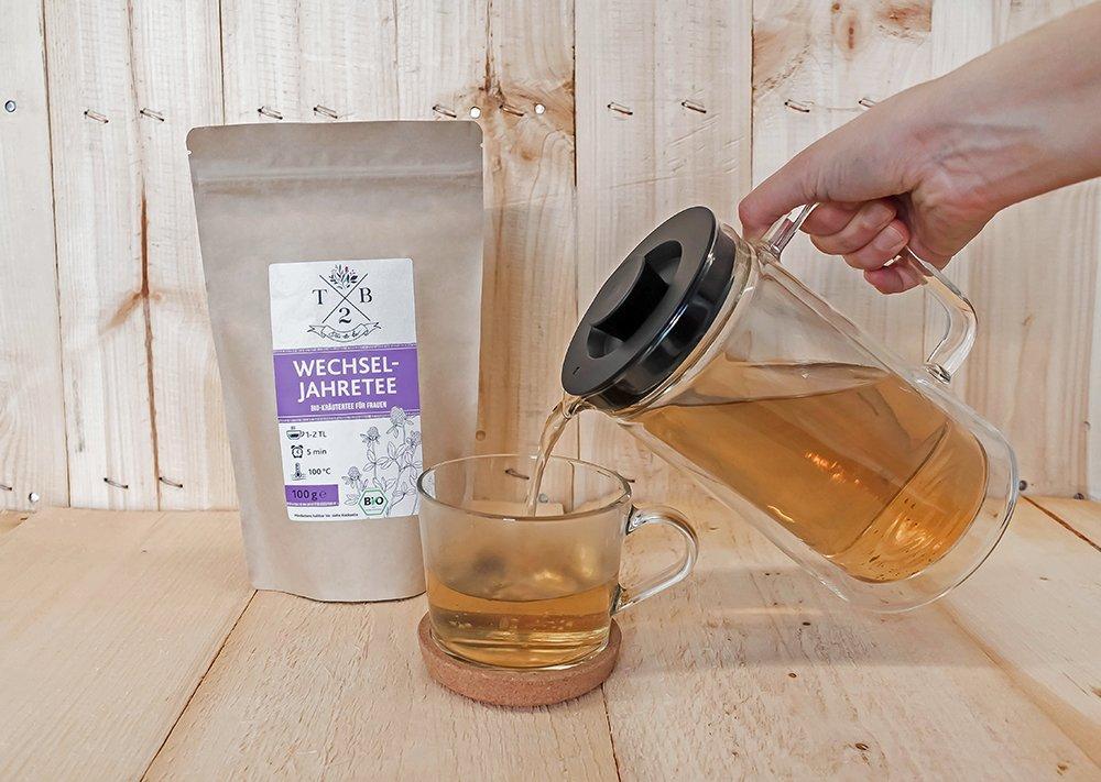 Wechseljahre-Tee-in-Bio-Qualitt-zu-Menopause-u-Hitzewallungen-mit-Rotklee-100g-ca-40-Tassen-Tea2Be-by-Sarenius