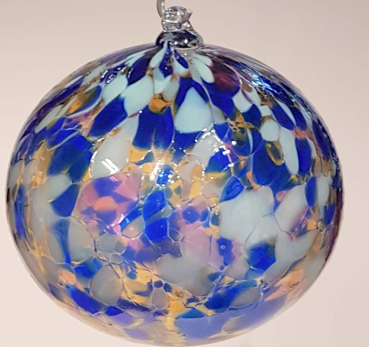 Oberstdorfer-Glashtte-Kugel-zum-hngen-Bunte-Glaskugel-Ornament-blau-bunt-Fensterdekoration-mundgeblasenes-Kristallglas-Durchmesser-ca9-cm