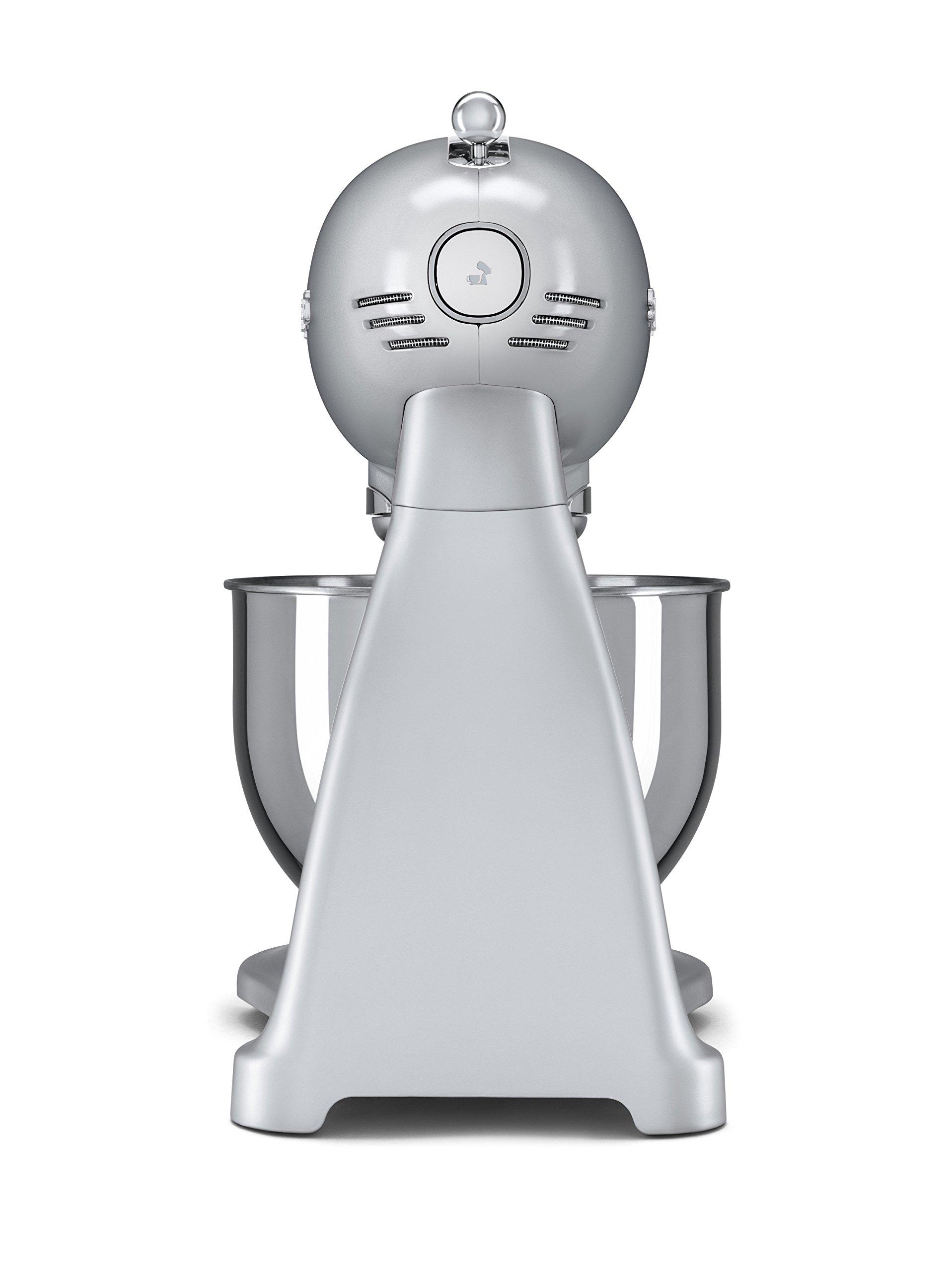Smeg-SMF01SVEU-48-L-Kchenmaschine-polarsilber
