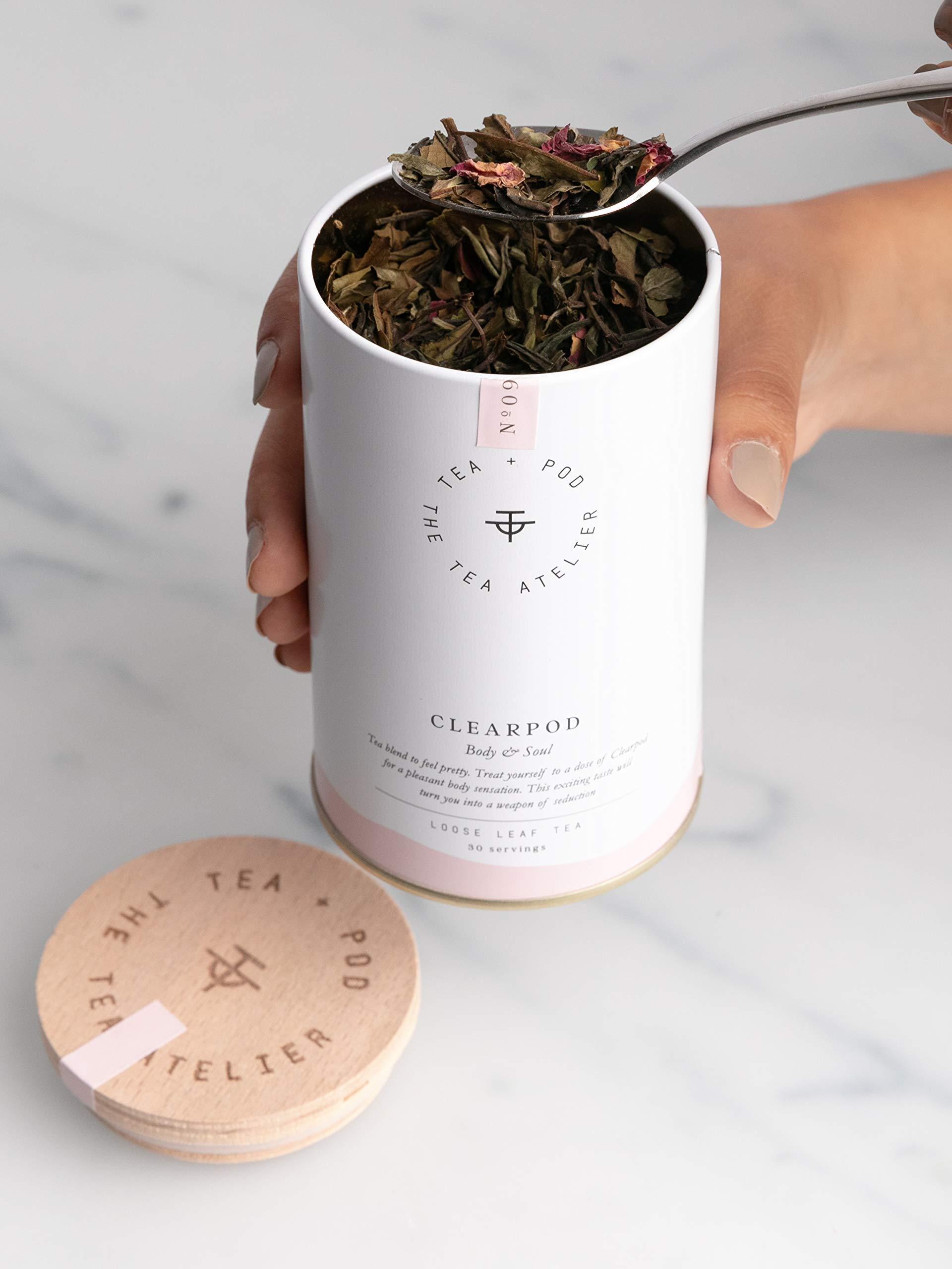 Weier-Tee-mit-Rosenblten-HANDGEPFLCKT-Komposition-aus-Pai-Mu-Tan-und-duftender-Rose-in-Metalldose-50-g-by-Teapod-Atelier
