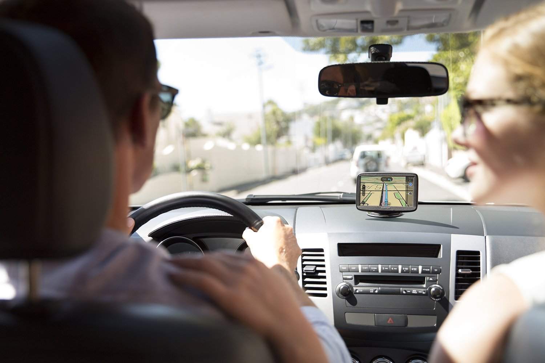 TomTom-Start-62-6-Zoll-GPS-Auto-Karten-Europa-48-Karten-mit-Lebenszeit-Scratchcard-1-Jahr-Update-Gefahrenzonen