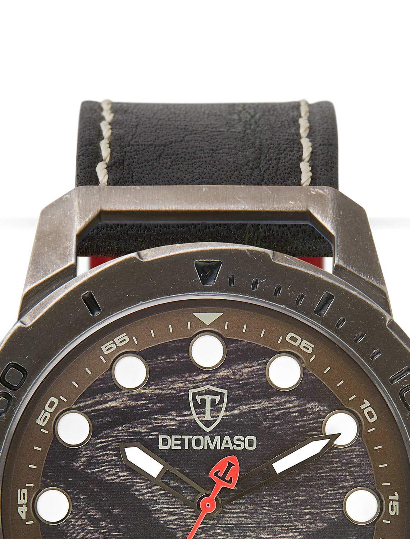DETOMASO-USTICO-Herren-Armbanduhr-Chronograph-Analog-Quarz-graues-Edelstahlgehuse-Camouflage-farbenes-Zifferblatt-Leder-Milanaise-Jetzt-mit-5-Jahre-Herstellergarantie