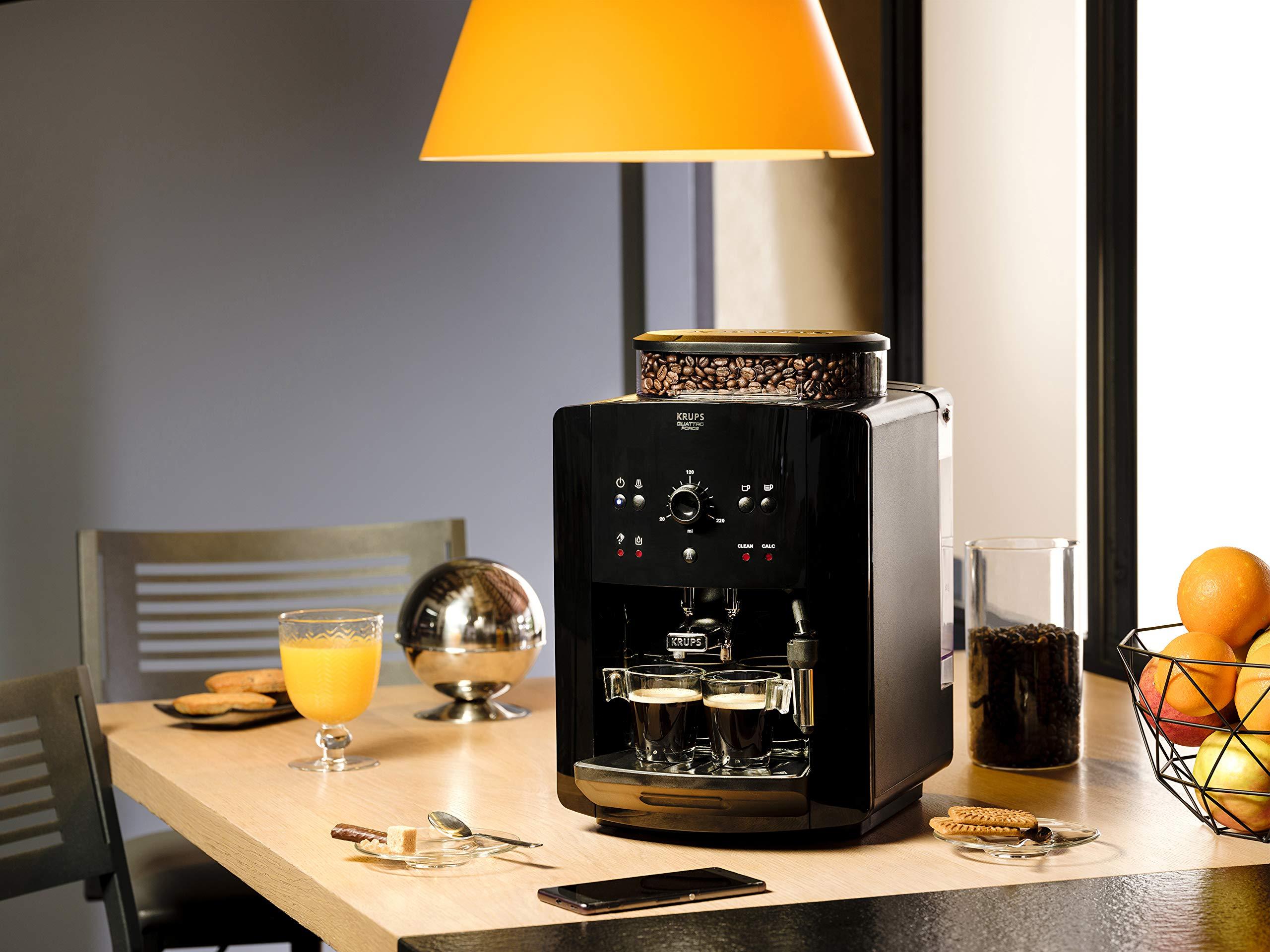Krups-EA8110-Arabica-Quattro-Force-Kaffeevollautomat-1450-Watt-Wassertankkapazitt-18-Liter-Pumpendruck-15-bar-schwarz