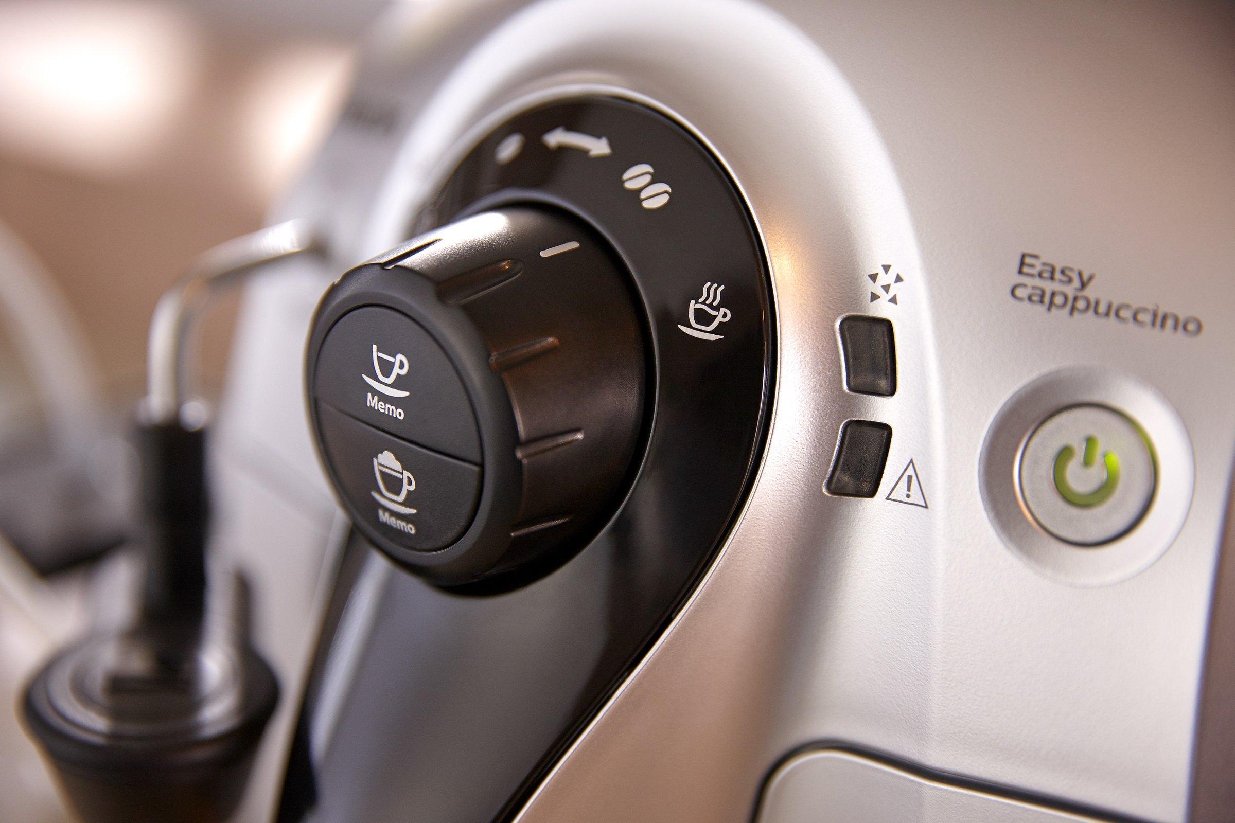 Philips-HD865251-2100-Serie-Kaffeevollautomat-Cappuccino-auf-Knopfdruck-silber