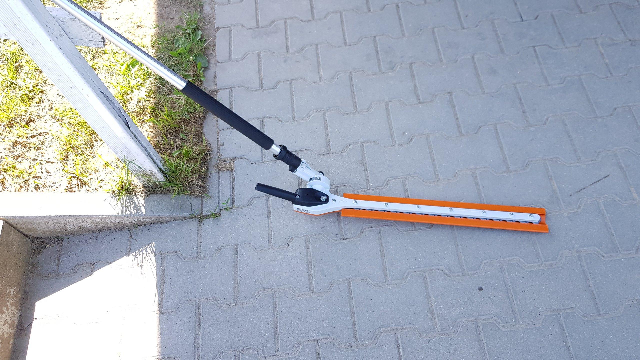 Stihl-HL-KM-145-Grad-Anbauwerkzeug-Heckenschneider-Kombiwerkzeug-Stihl-KM