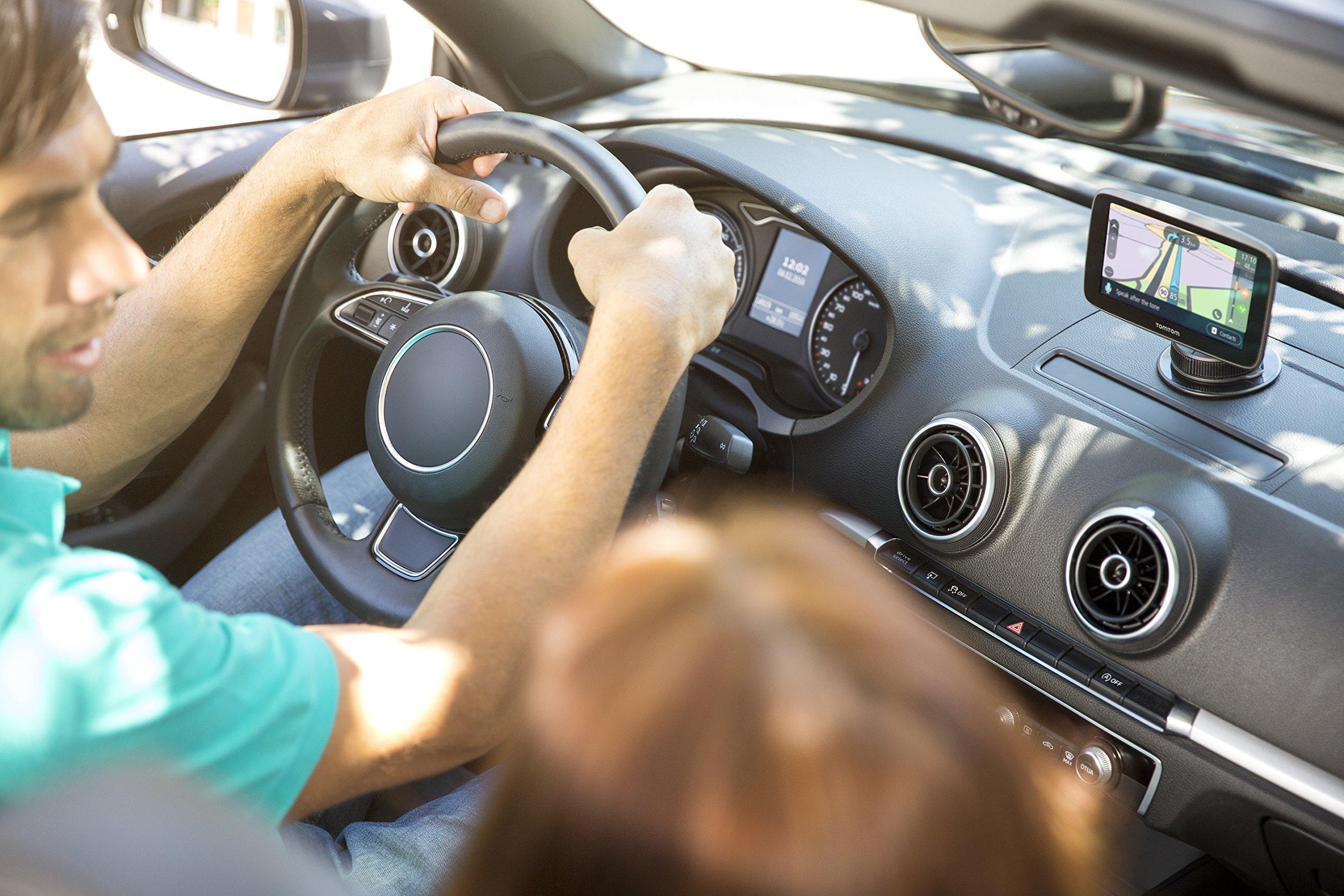 TomTom-Via-53-EU-Traffic-Navigationsgert-13cm-5-Zoll-Updates-ber-Wi-Fi-Smartphone-Benachrichtigungen-Lebenslang-Karten-Updates-Europa-Lebenslang-TomTom-Traffic