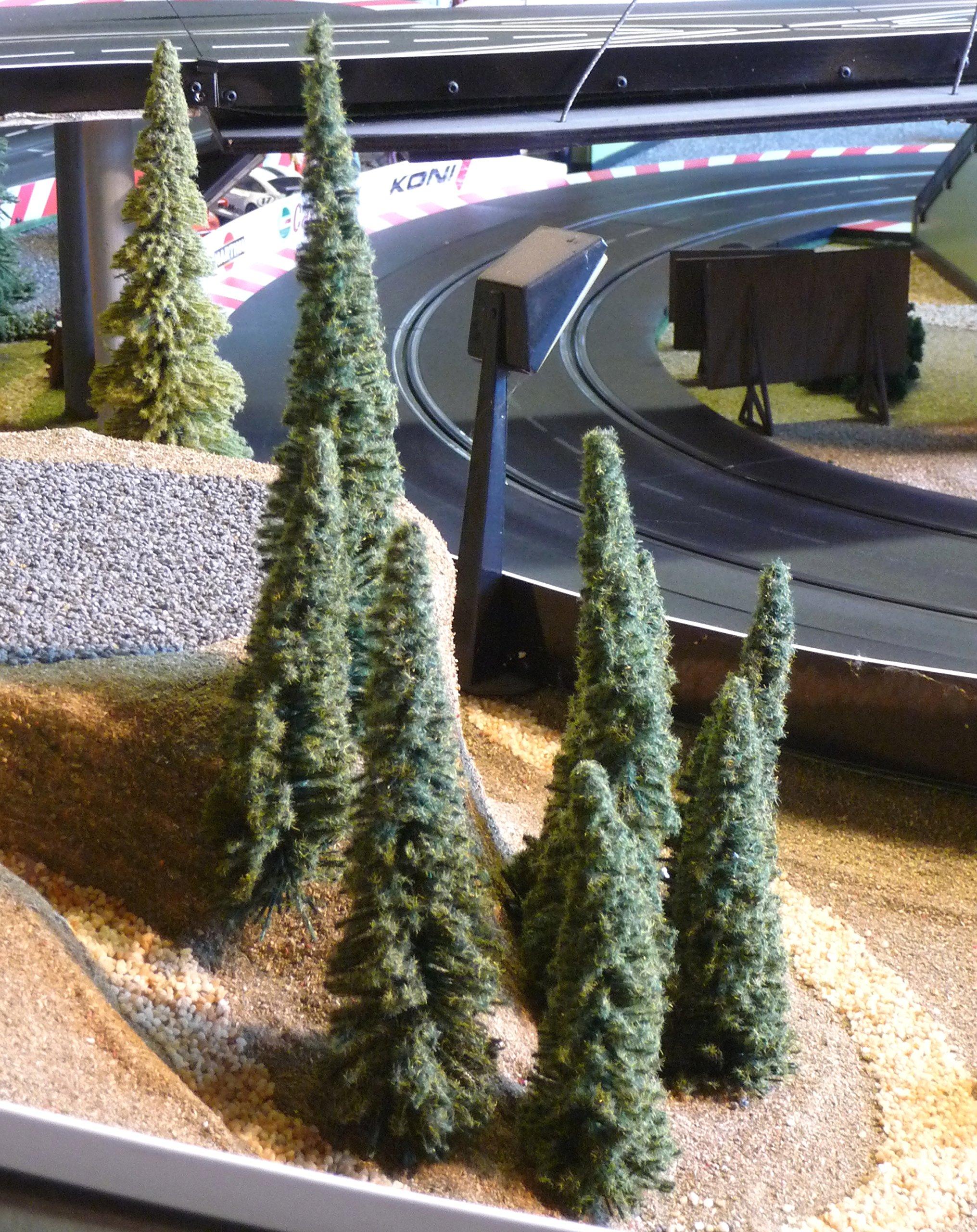 20-STCK-Modellbau-TANNEN-Fichten-Bume-BEFLOCKT-Hhe-14-20cm-fr-H0